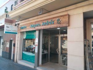 Carpintería a medida creación de rótulo Spa en Paterna